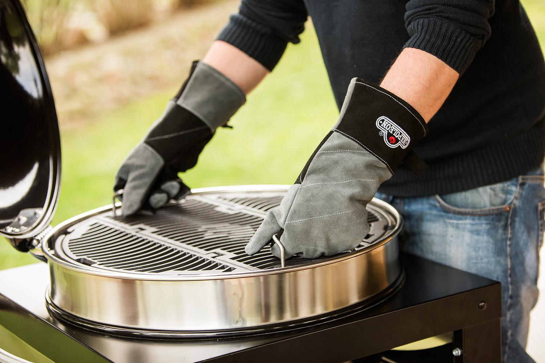 Napoleon Holzkohlegrill Charcoal Rodeo Professional Leg : Napoleon pro k cart pro charcoal kettle grill on vimeo