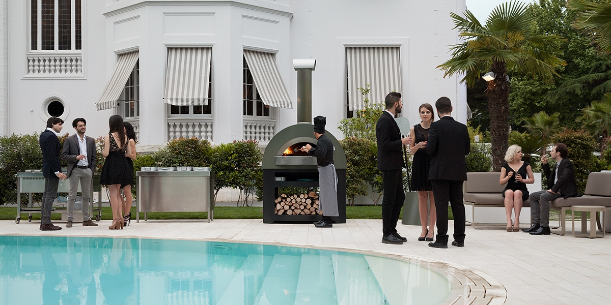 commercial-pizza-oven-pool-bar-1200x600siB73Fib1iwMT